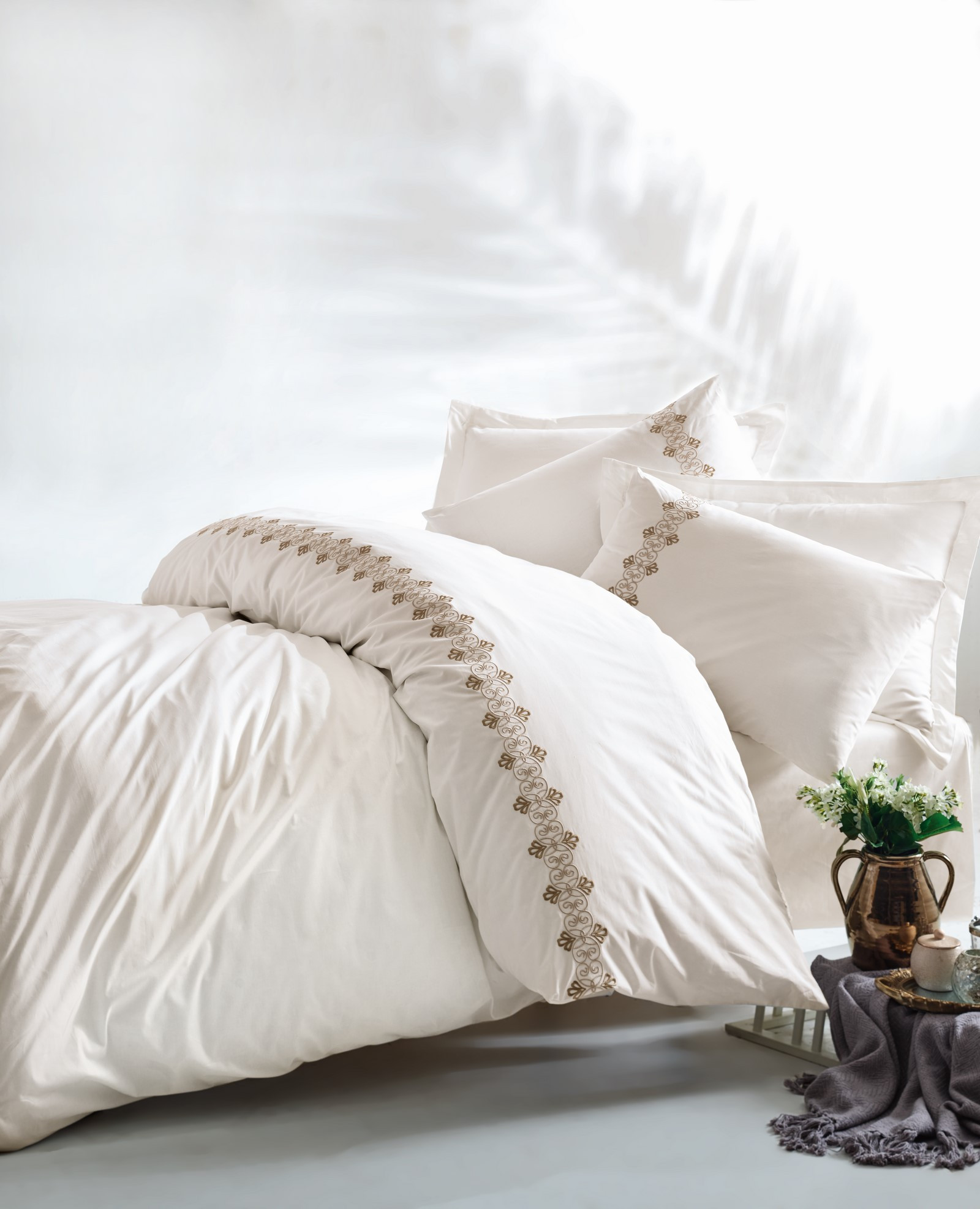Nikola Ranforce Double Quilt Cover Set 129ctn2612 White